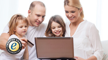 Familie mit Laptop