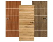 Echtholzfurnierte Türen mit Lisenen
