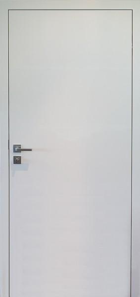 Stumpf einschlagende Tür